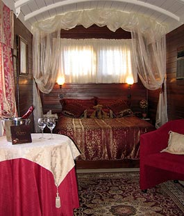 The Antique Railway Carriage - Click for a better quality image
